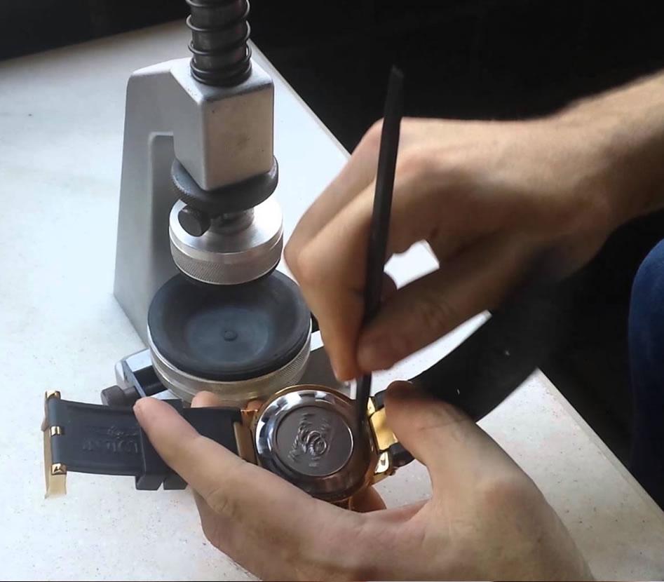5d2c83d3bc8 Serviços e Consertos – Tic Tac Jóias e Relógios – Relojoaria em São ...